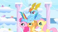 S01E16 Kucyki świętują zwycięstwo Rainbow