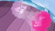 S06E01 Flurry i Pinkie rozdzielone