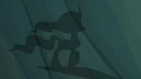 Shadow puppet of Mistmane walking S7E16