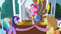 Pinkie Pie about to continue playing S8E18
