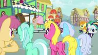 Ponies impressed by Mr. Breezy S7E19