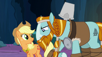 Rockhoof looking at the element of honesty S7E26