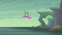 Spike falling into the water S6E5