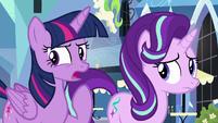 """Twilight """"something strange is definitely going on"""" S6E16"""