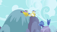 Chariot about to enter Ponyville S1E01