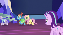 Starlight watches her friends leave the throne room S7E26