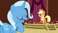 Trixie 'how long do I have to wait for my apple sauce facial' S3E05