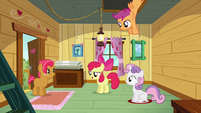 Apple Bloom 'excuse us for a moment' S3E04