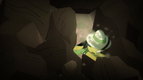 Daring Do pushing a rock S6E13