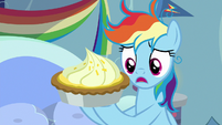 Rainbow Dash holding lemon meringue pie S7E23