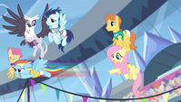 Rainbow Dash takes off S4E24