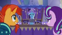 Trixie presenting the Unicorn Escape trick S7E24