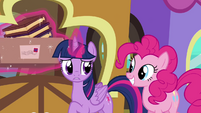 """Twilight """"not that big of a deal"""" S4E22"""