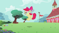Apple Bloom jumping hoop S2E6