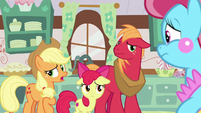 "Applejack ""all that stuff happened before"" S7E13"