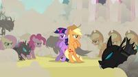 Applejack and changeling Twilight together S2E26