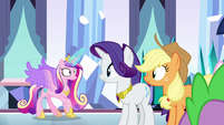 Cadance notices the battle is over S9E1