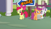 Cutie Mark Crusaders chained to a post S9E12