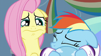 Fluttershy tearing up S5E5