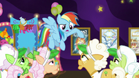 Rainbow -I'm not letting you grannies- S8E5