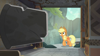 Applejack entering the secret cave S7E25