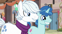 Double Diamond and Party Favor smile at Starlight S6E25