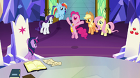 Pinkie Pie -the most exciting day of my life!- S7E11