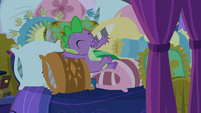 "Spike ""it's like being on vacation!"" S8E2"