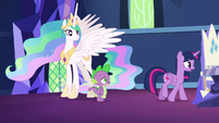 "Twilight Sparkle ""think of someplace safe"" S7E1"