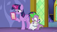 Twilight Sparkle reading Applejack's note S6E22