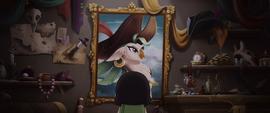 Captain Celaeno looking at her portrait MLPTM