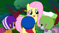 Fluttershy talks to the CMC S1E23