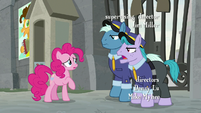 "Guard Pony 2 ""doesn't see anypony"" S9E14"