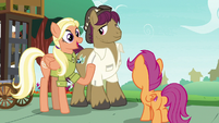 Mane Allgood inviting Scootaloo's friends S9E12