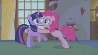 Pinkie warns Twilight about Zecora S1E09
