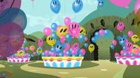 Smiling balloons S2E01
