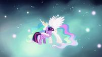 Twilight hugging Celestia S03E13
