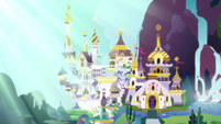 A very bright sunlight at Canterlot S4E26