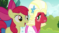 "Apple Bloom singing ""a bond that never ends"" S5E17"