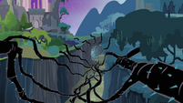 Black vines inside a ravine S04E02
