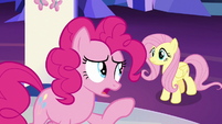 Pinkie Pie -they won't ask for help- S7E11