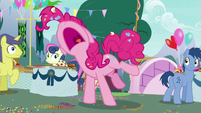 Pinkie Pie yelling -I can't take it!- S7E23