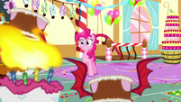 Pinkie surrounded by monster cakes S5E13