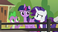 Twilight, Rarity, and Spike confused S6E10