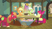 180px-Apple family at table S3E08.png