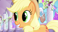 Applejack agreeing with Fluttershy S4E01