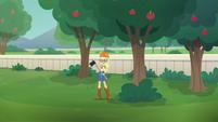 Applejack holding axe next to a tree EGDS29