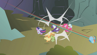 Ponies knocked out S01E07