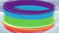 Rainbow circles around the ponies S5E5