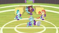 "Cheer squad shouting ""friend!"" S9E15"